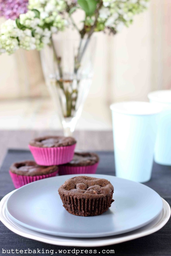 Double Choc Chip Nutella Stuffed Oreo Crumb Cookie Cups | Butter Baking
