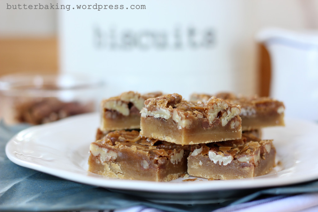 caramel pecan pie bars