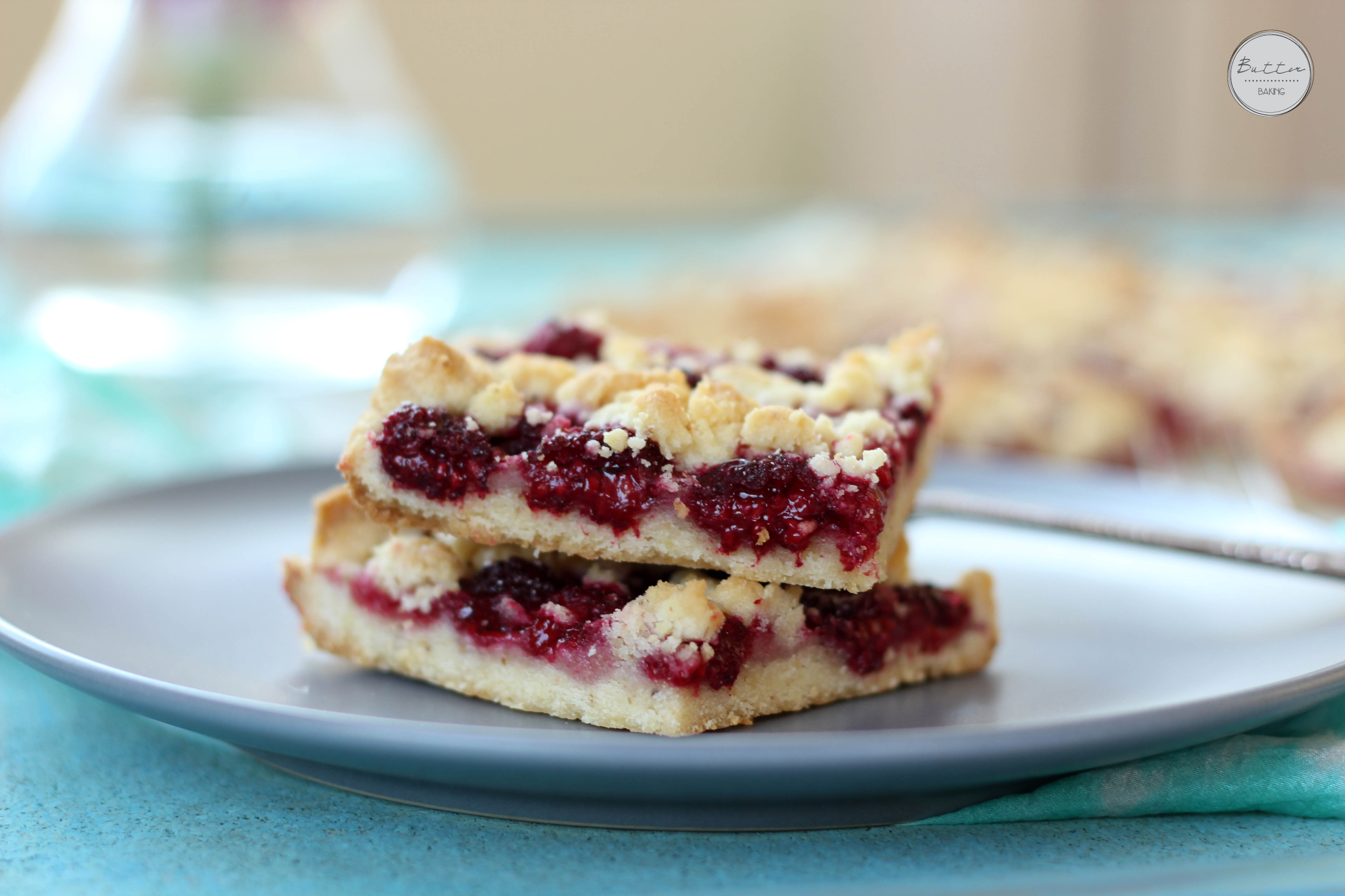 Raspberry walnut crumble bars | Butter Baking