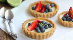 berry panna cotta tart