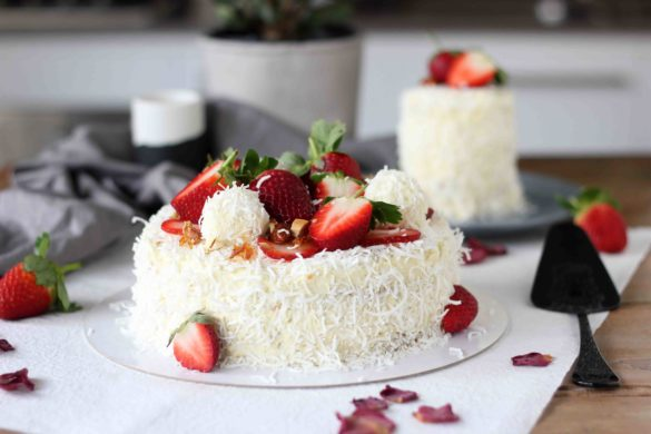White chocolate coconut Raffaello cake | Butter Baking